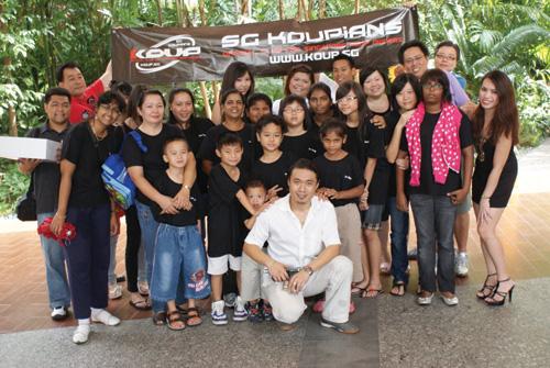 SG Koupians Give Kids A Treat