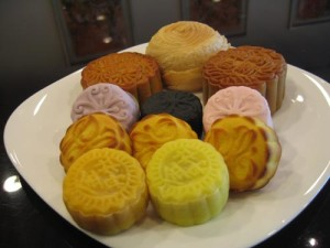 Chong's Yummy Favorites: The Mooncake Review