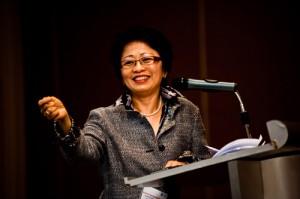 Women's Entrepreneurship Forum: Fong Loo Fern's Stitch In Time