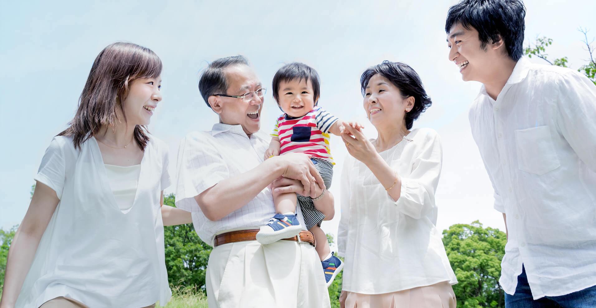 LINEを活用して家族・親族への想いを遺す終活支援サービス