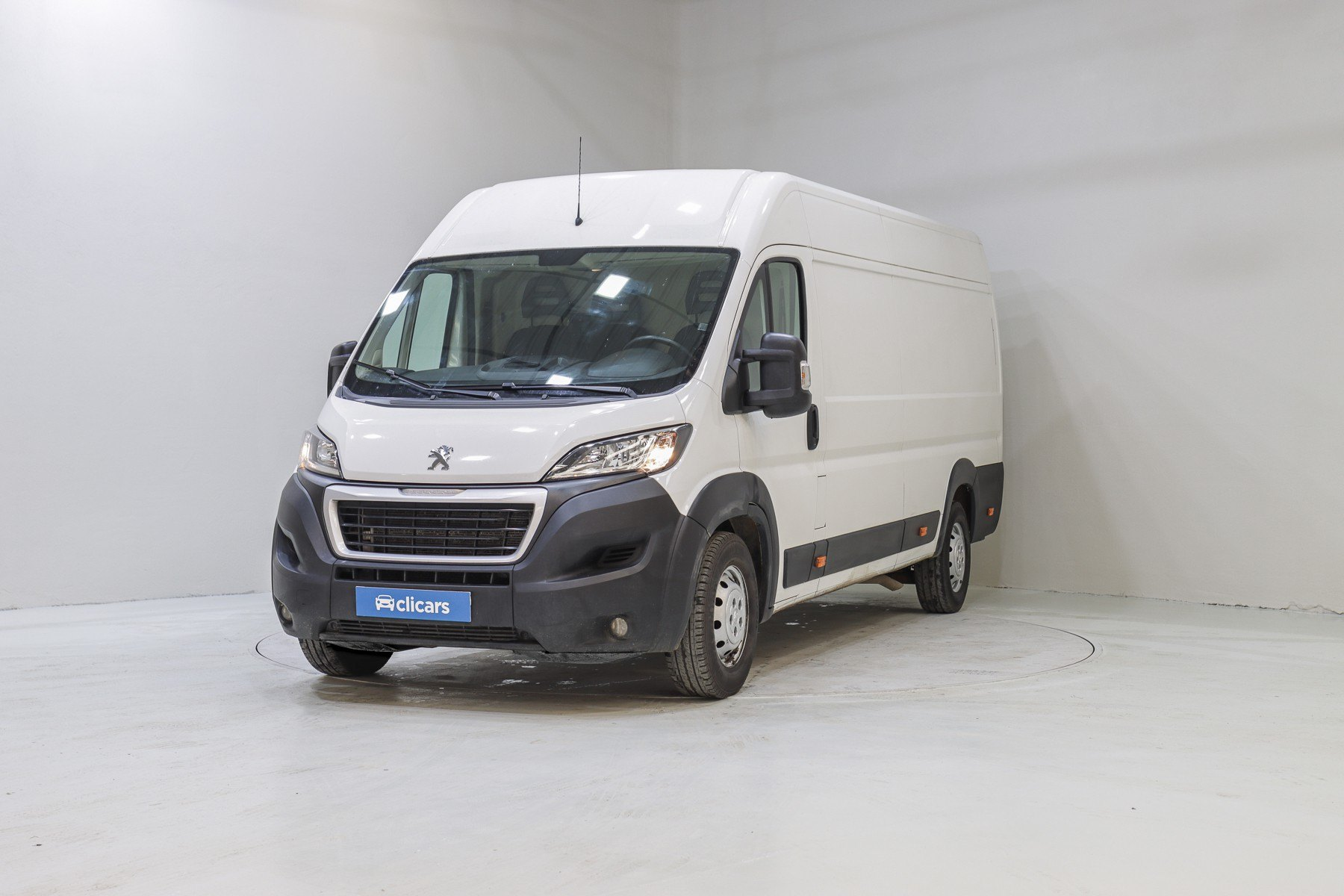 Peugeot Boxer Diésel 435 L4H2 BlueHDi 120KW (160CV) 1