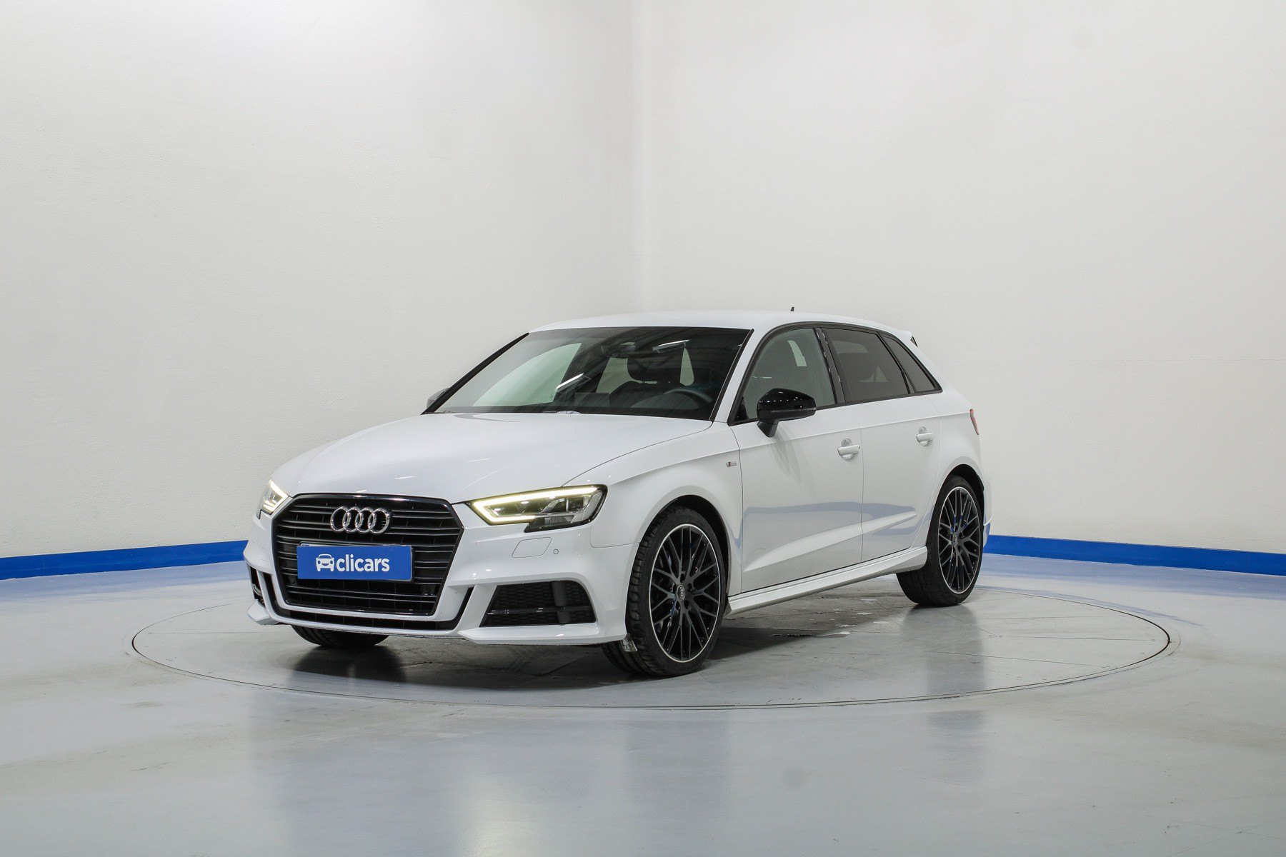 Audi A3 Diésel Sportback Black line 35 TDI 110kW 1
