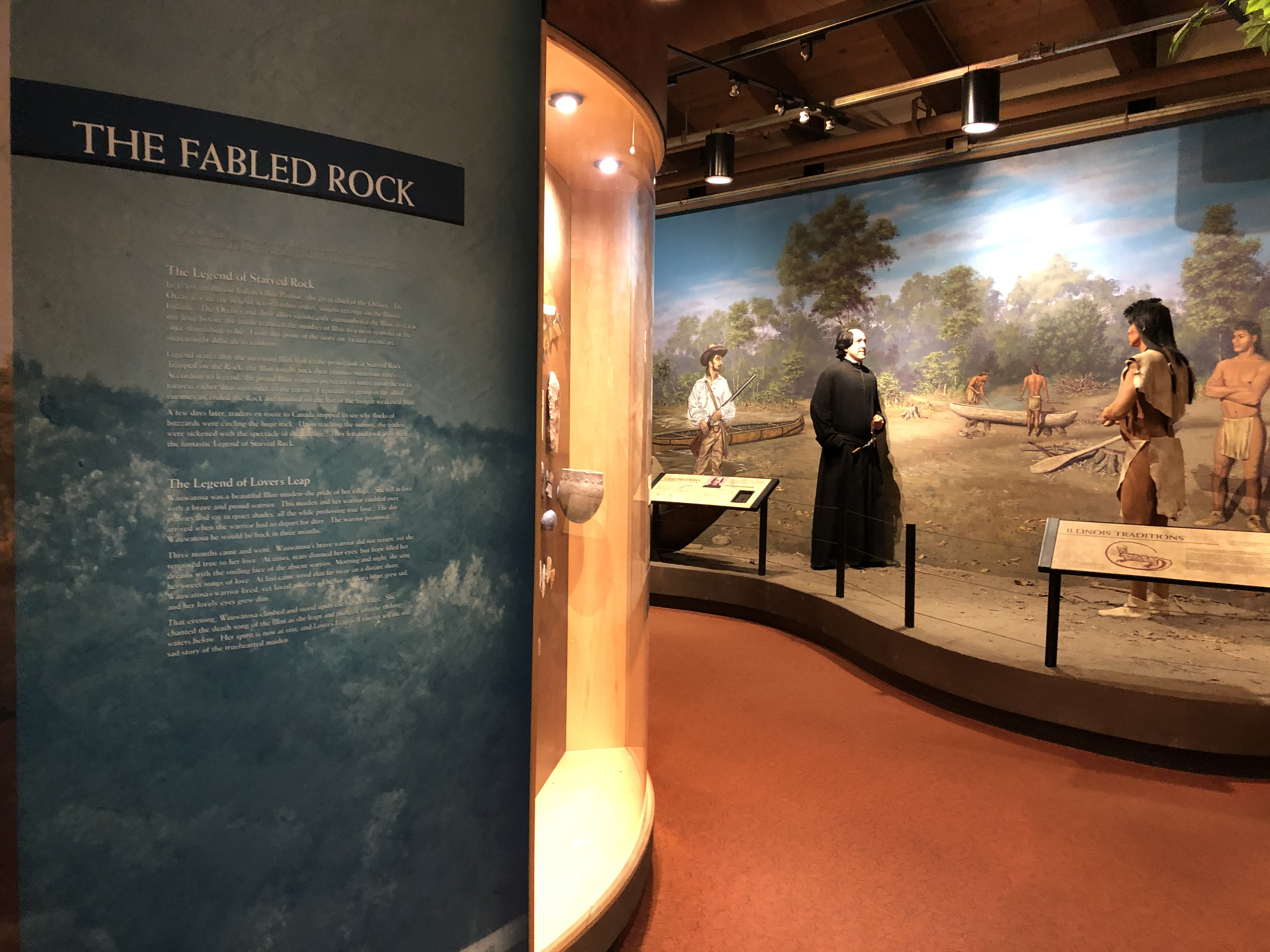 The visitor center has many displays about the history and legends of Starved Rock, as well as information about the native flora and fauna.