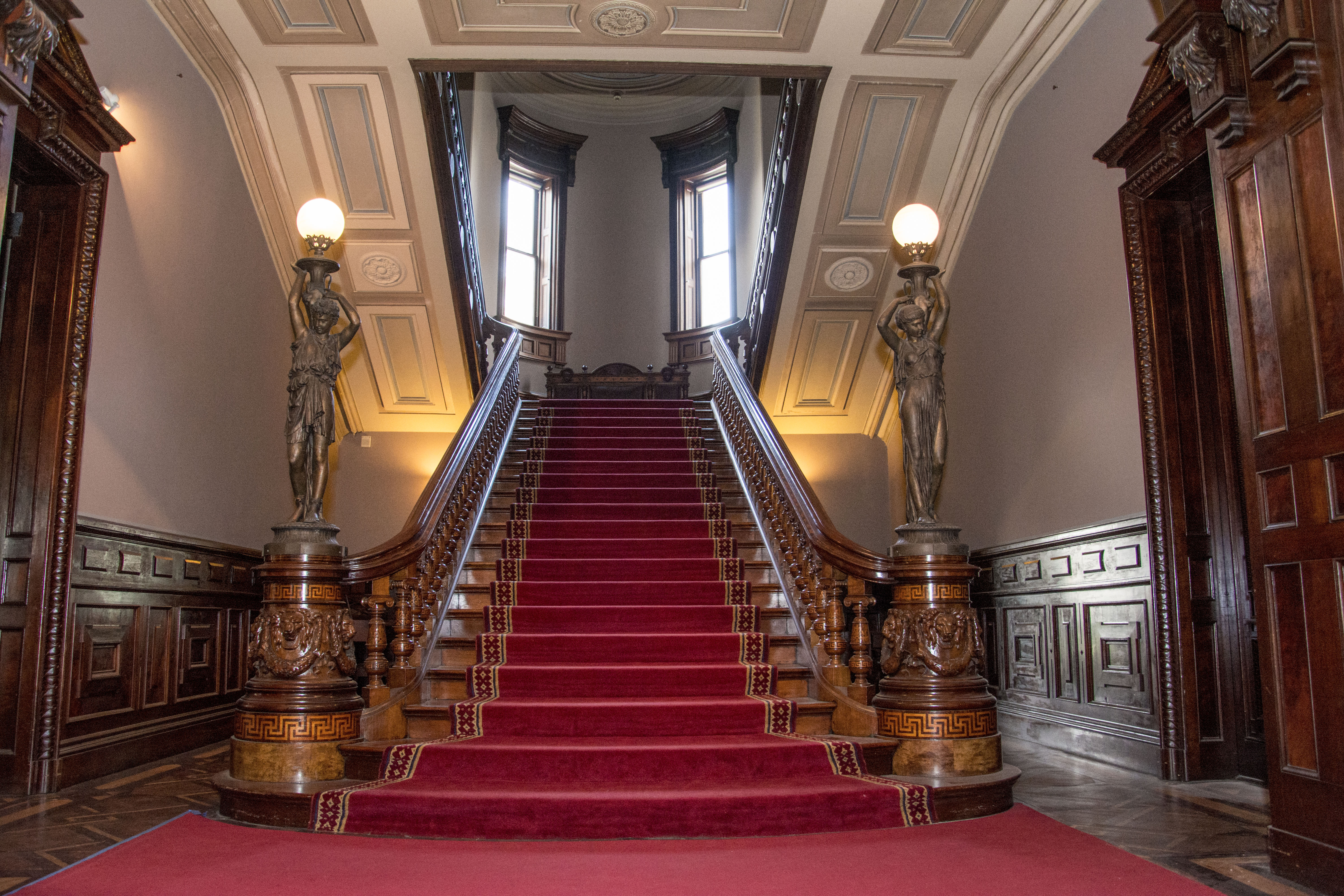 The modern Grand Staircase