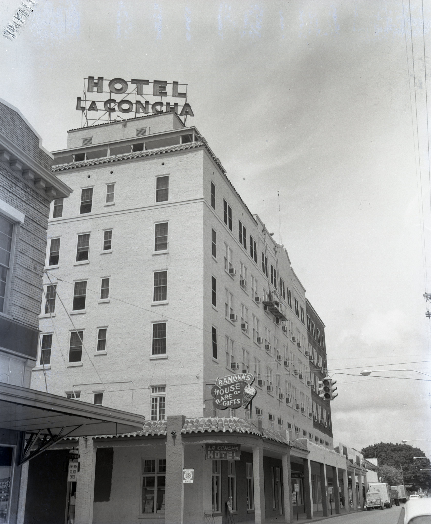 Hotel La Concha at 430 Duval Street on October 1, 1957 with new paint.