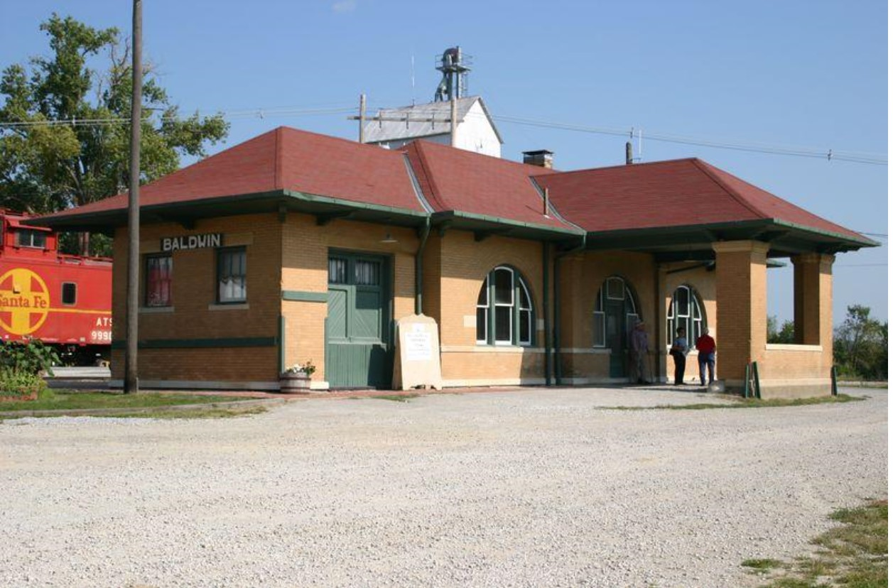 2004 photograph of Baldwin City Railway Depot (KSHS)
