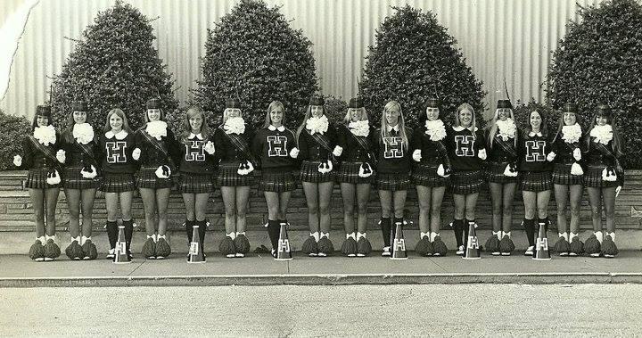 HEHS cheerleaders and majorettes, 1971