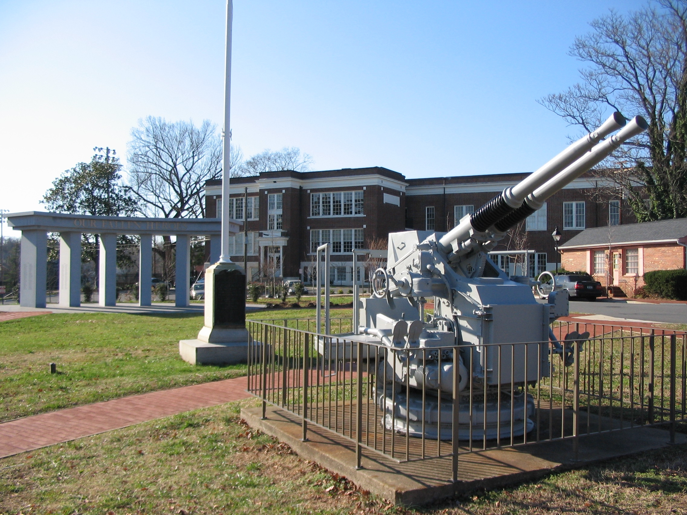 The WWII US Navy 40mm Antiaircraft Gun, WWI Memorial Flagpole, and Fredericksburg Area War Memorial