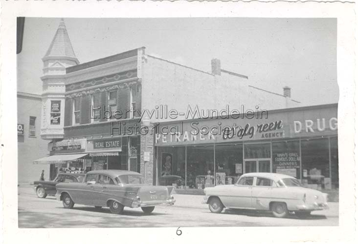 Petranek's, 1957
