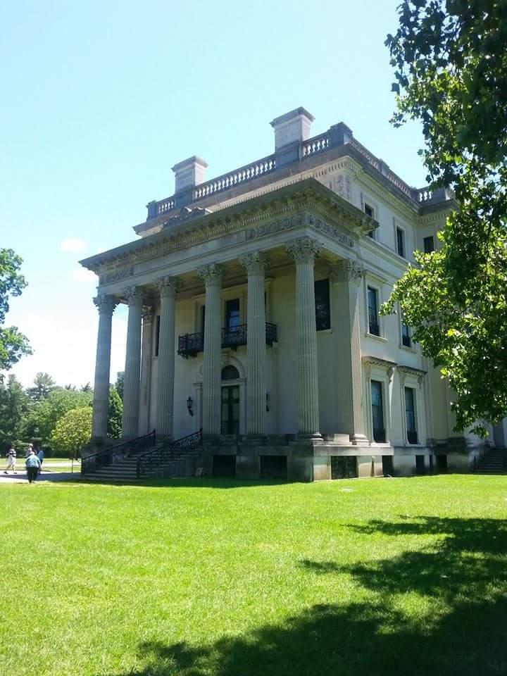 Side View of the Vanderbilt Mansion