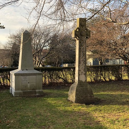 Just a few of the pieces of funerary art contained in Trinity's burying ground with numerous headstones from the 18th century.