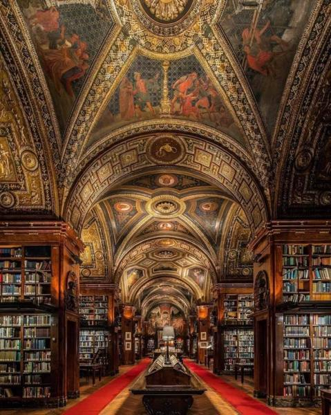 The University Club of New York Library