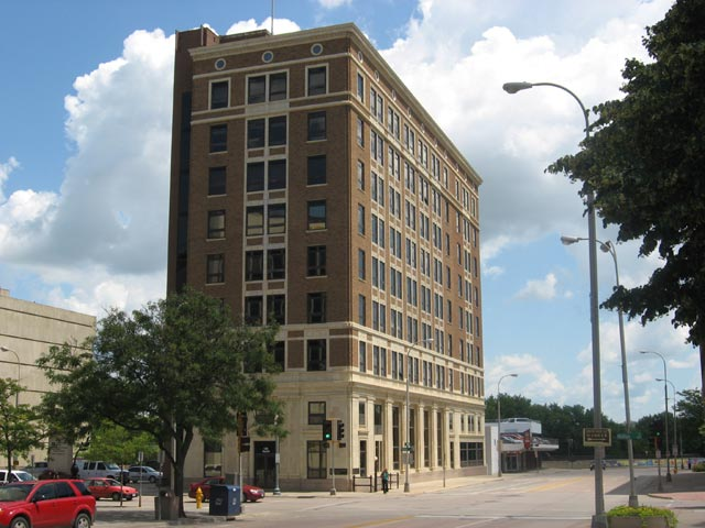 Sioux Falls National Bank Building was built in 1918 and was the tallest structure in the city until 1986.