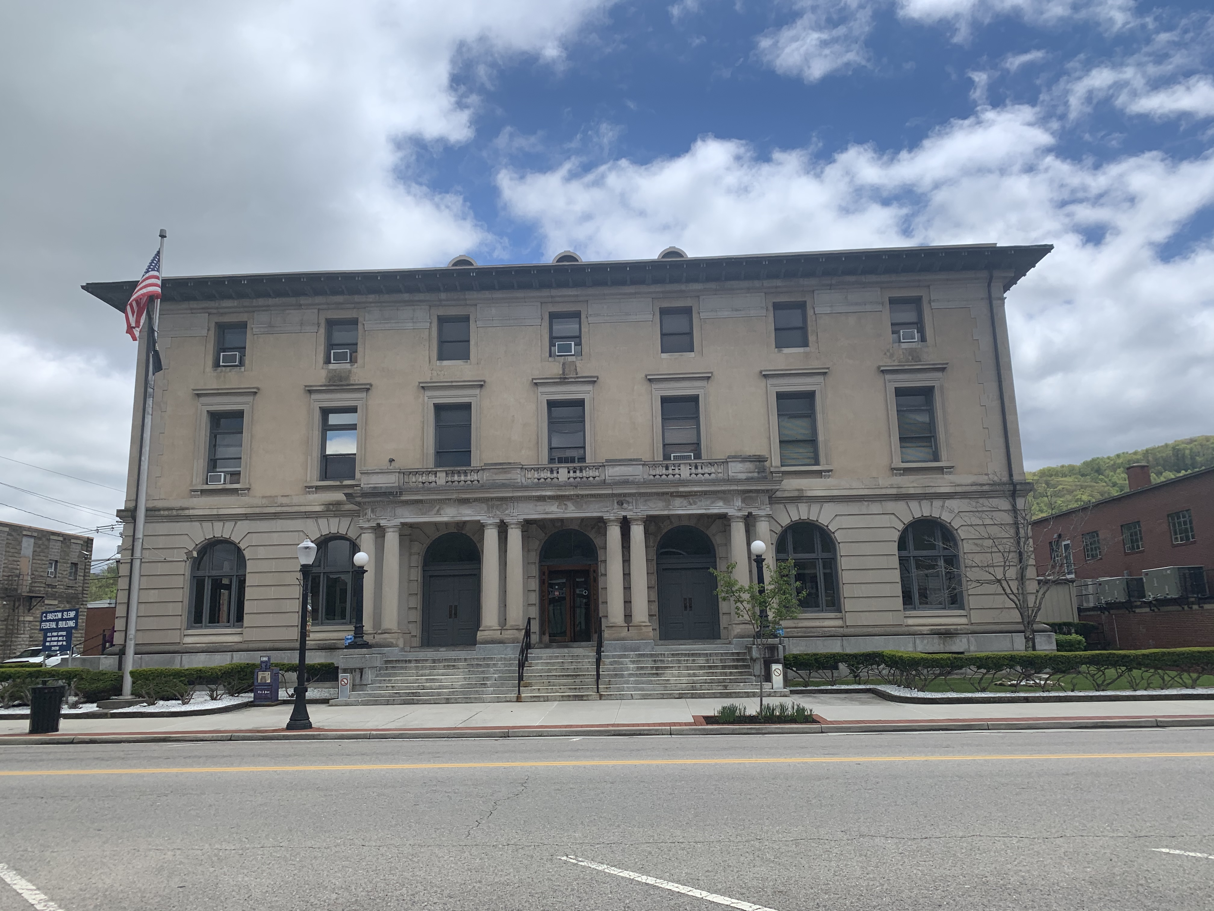 Front view of Slemp Federal Building