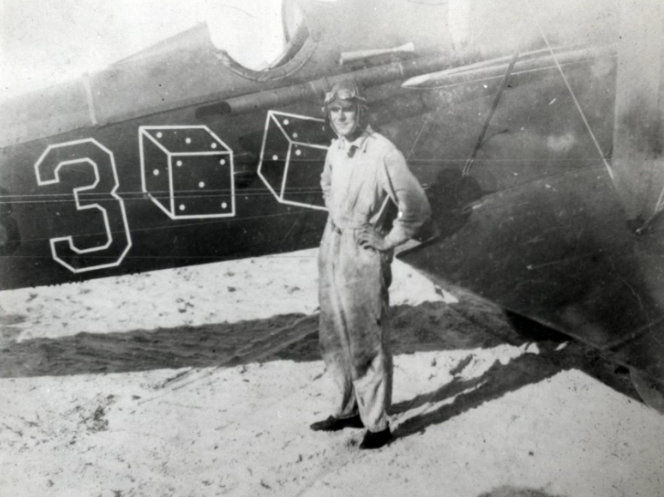 James Doolittle with his DeHavilland DH-4 bi-plane on September 4, 1922 in Neptune Beach, Florida. This flight would be successful. Doolittle would land in San Diego, California twenty-two hours later.