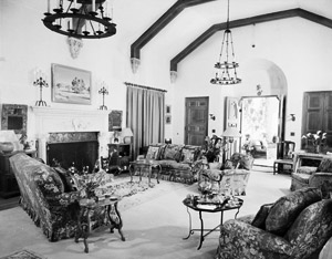 The Willows Inn Featured in the Palm Springs Villager Magazine, 1948