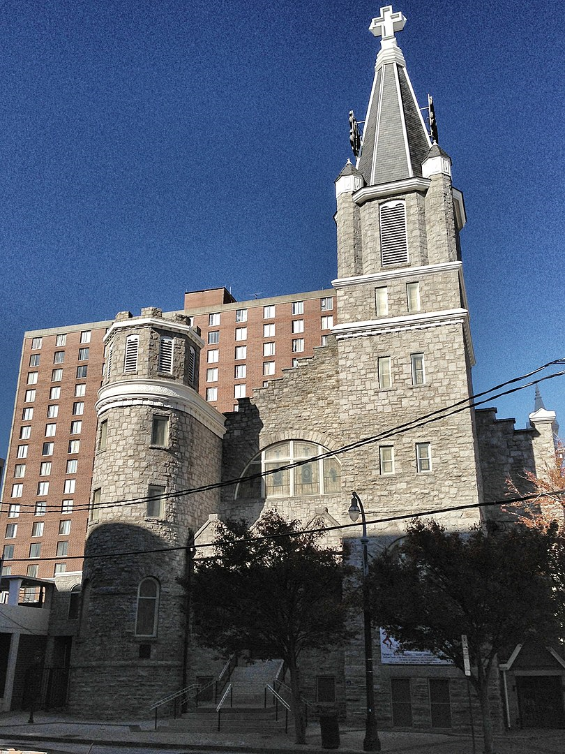 2012 photo of Big Bethel A.M.E. Church in Atlanta (Keizers)