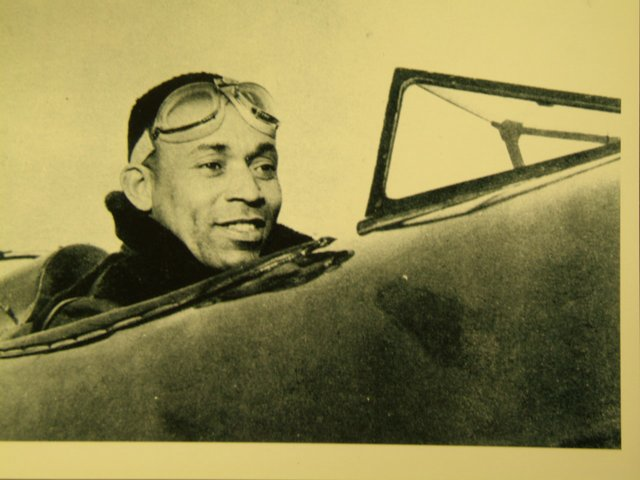 Picture of John W. Greene Jr., a Pioneer in Black Aviation