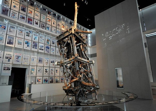 The 9/11 Gallery looks at news coverage of the September 11th, 2001 terrorist attacks with exhibitions of newspapers, artifacts, and the top portion of the antenna on the World Trade Center's North Tower.