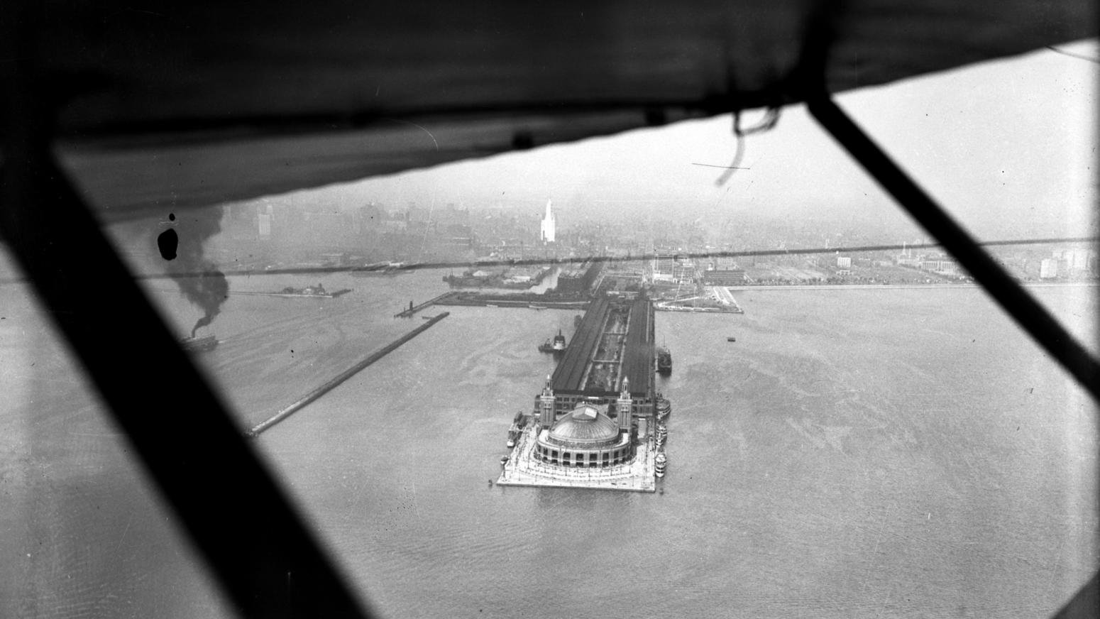 """The Pier from the air on September 27, 1927. It was rechristened """"Navy Pier"""" that very year. Chicago Tribune photo."""