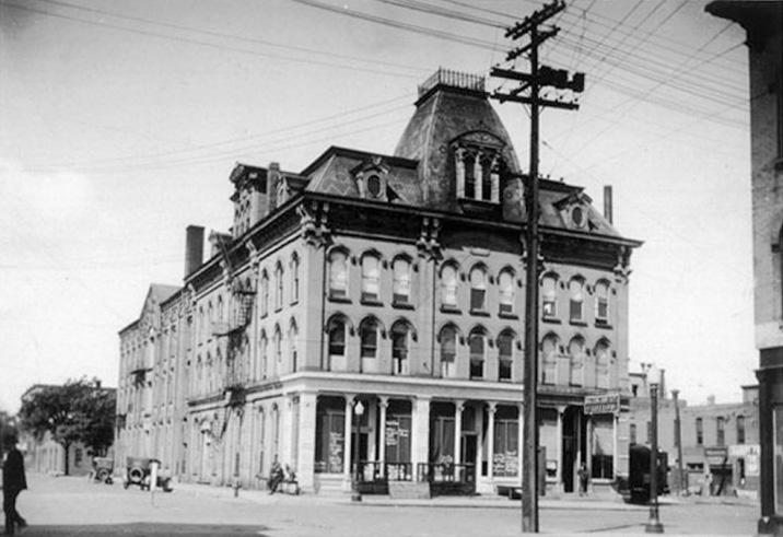 This photo was taken around 1915.