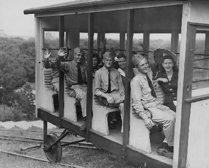 This picture of the funicular in operation was likely taken during or shortly after World War II