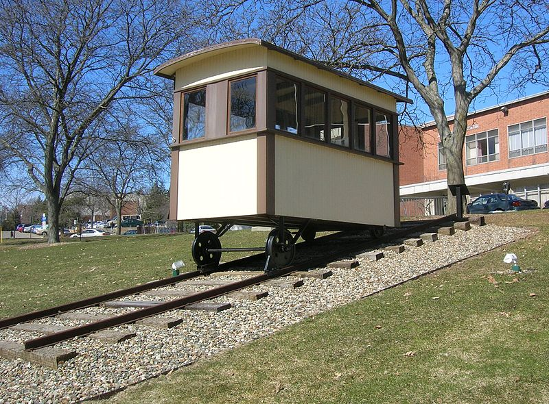 Engineering students built this replica of the funicular betwen 2002 and 2003.