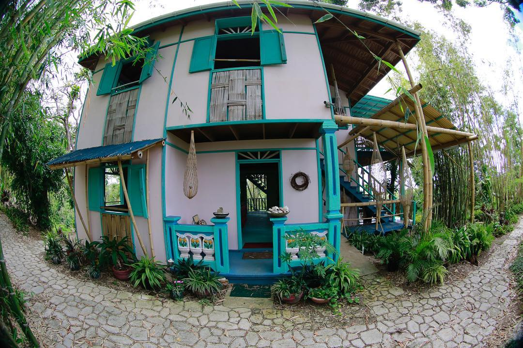 Main house in Tropical Treehouse, when Joe Scheer and his family made it their home in 1992.
