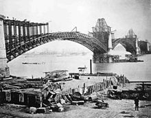 The Eads Bridge under construction in 1874.