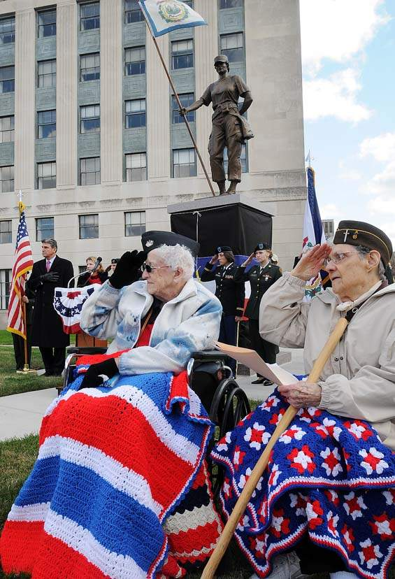 Female veterans of WWII at dedication ceremony