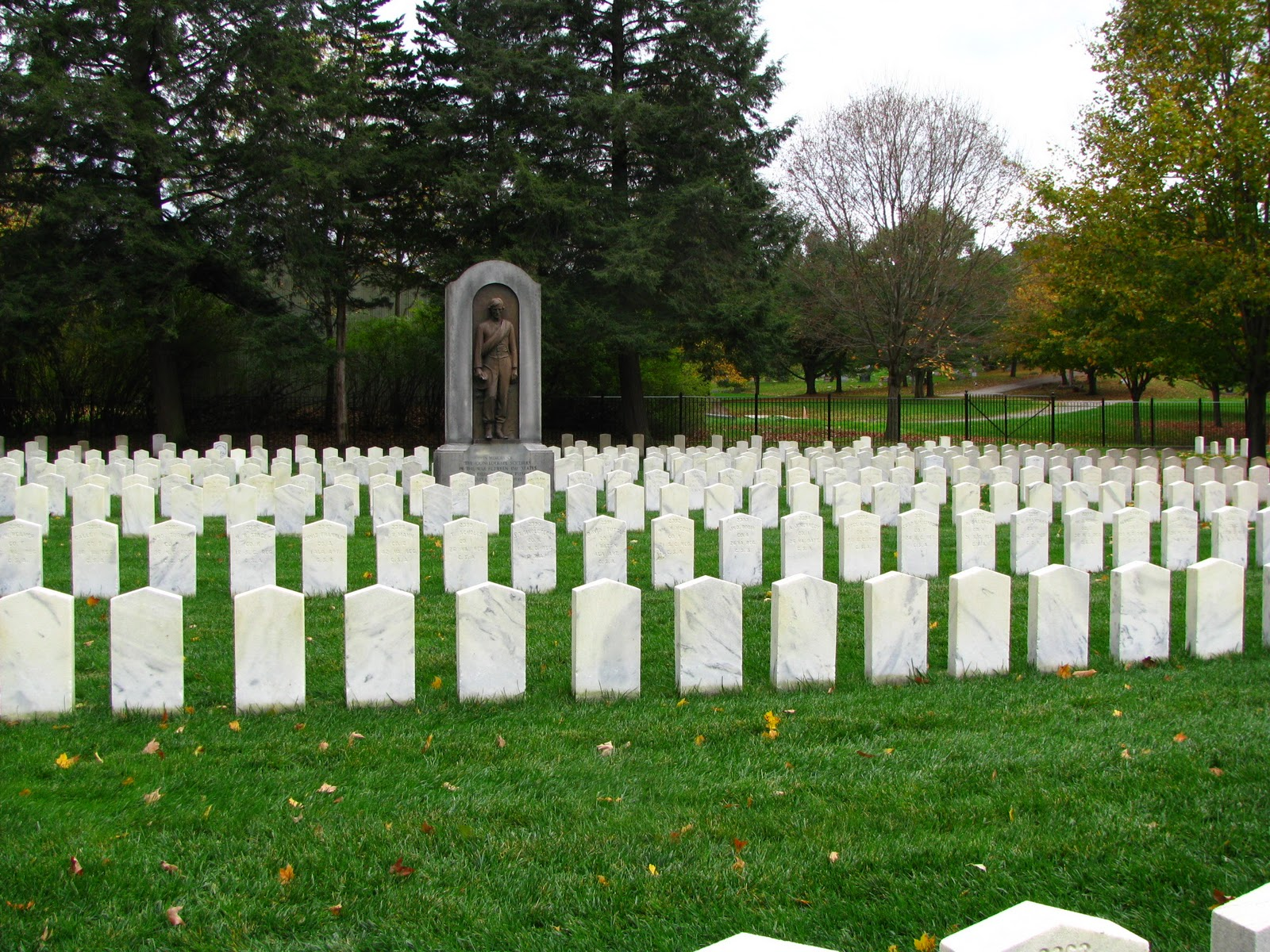 A general overview as to the amount of soldiers buried at the Woodlawn Cemetery.