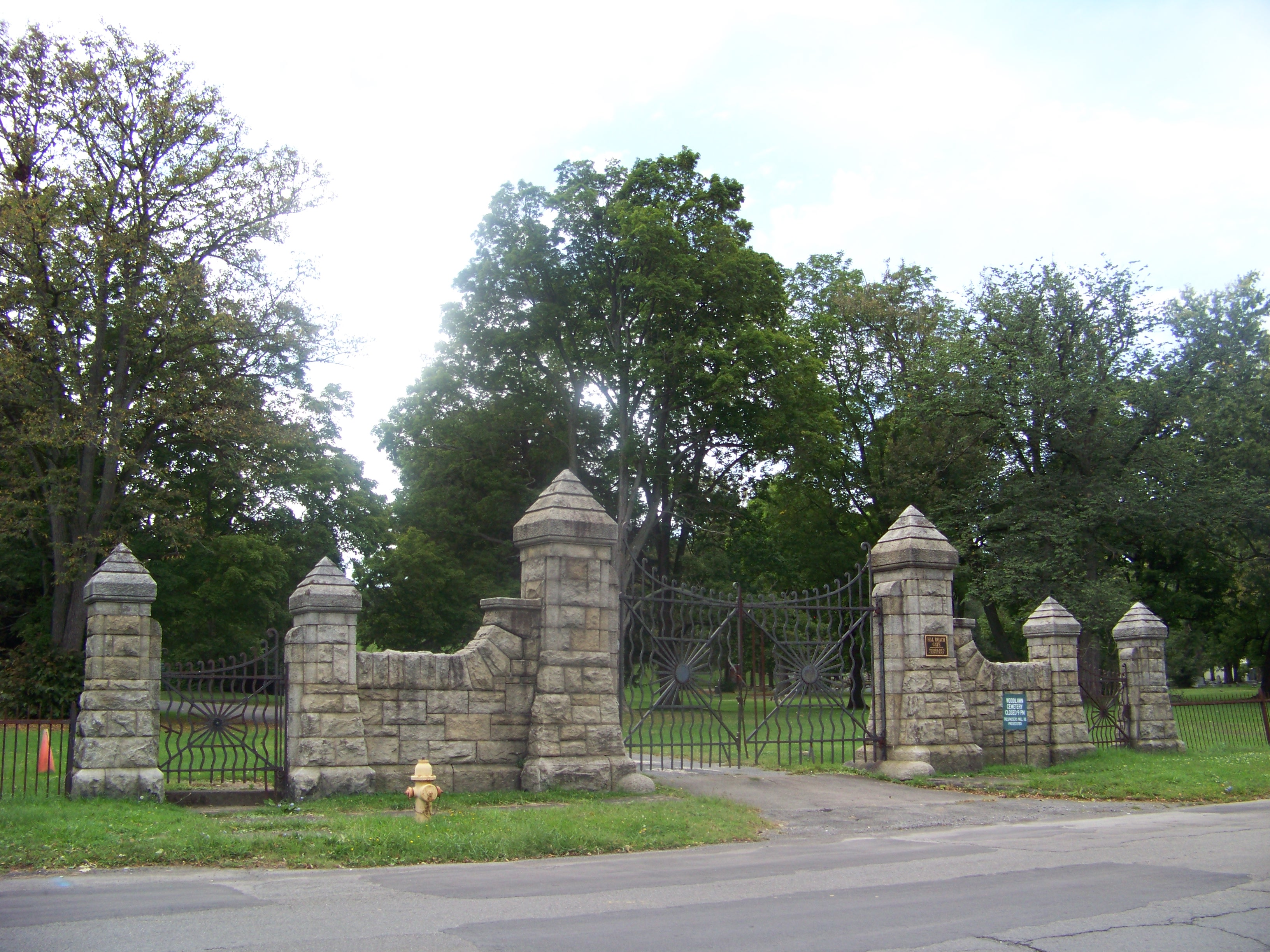 One of the gates used to enter or exit the Woodlawn Cemetery.