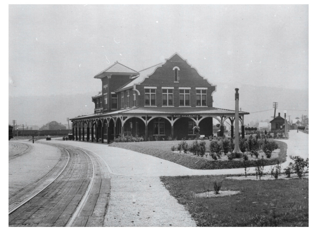 An old photograph of the Salamanca Rail Museum taken some time between 1912-1930.
