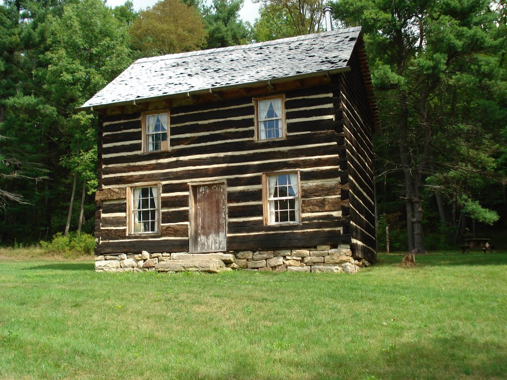 A more close-up view of the Knox Cabin, taken present-day.