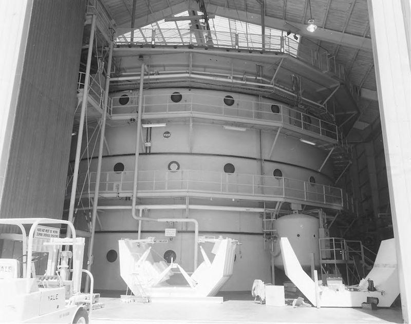 Neutral Buoyancy Simulator Tank Look From Outside