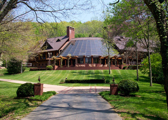 Fontanel Mansion was one of the settings for the Hollywood hit movie Country Strong starring Gwyneth Paltrow and Tim McGraw