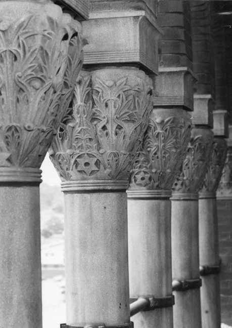 Column, Stone carving, Black-and-white, Architecture