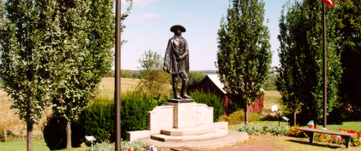 A bronze statue stands on the site of General George Armstrong Custer's birthplace.