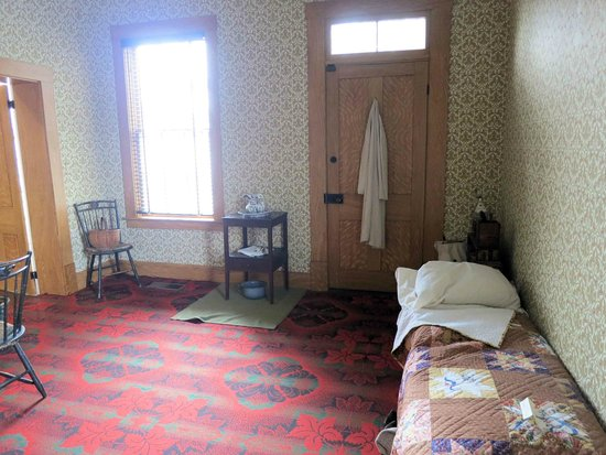 Thomas Edison's rooms in Louisville (image from Trip Advisor)