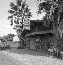 Walker's Wagon Wheel was a popular watering hole where many engineers met and discussed their projects between the 1970s and 1990s. (Image from the Computer History Museum)