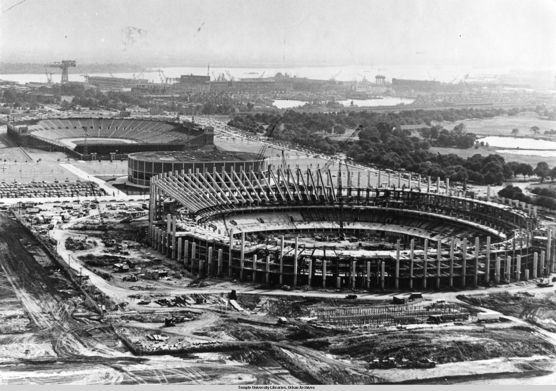 Early photo of Veterans Stadium while under construction.
