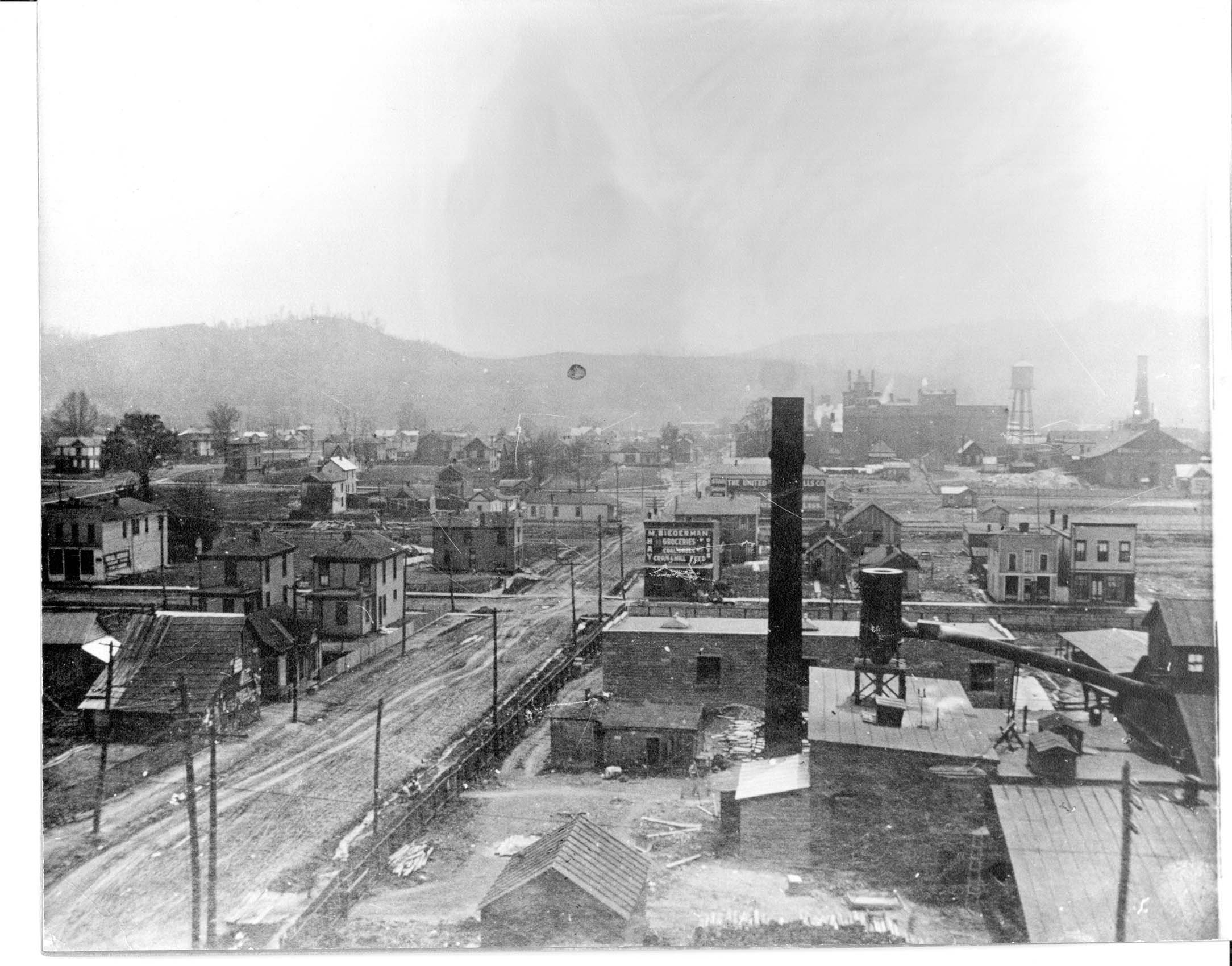 Fourteenth Street West looking south, in 1904. The area was predominately occupied by hardware and glassware factories, and breweries. Image courtesy of Marshall University Special Collections.