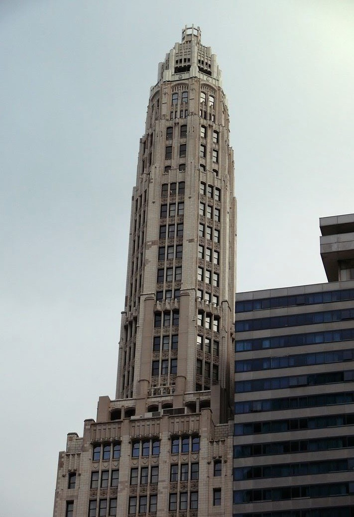 """Mather Tower, with its tall """"spire-like"""" tower, provides one of the most  dramatic examples of the influence of the 1923 Chicago Zoning Ordinance on the design of Chicago skyscrapers in the 1920s."""