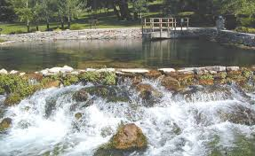 Giant Springs was first noted by explorers Meriwether Lewis and William Clark 1805.