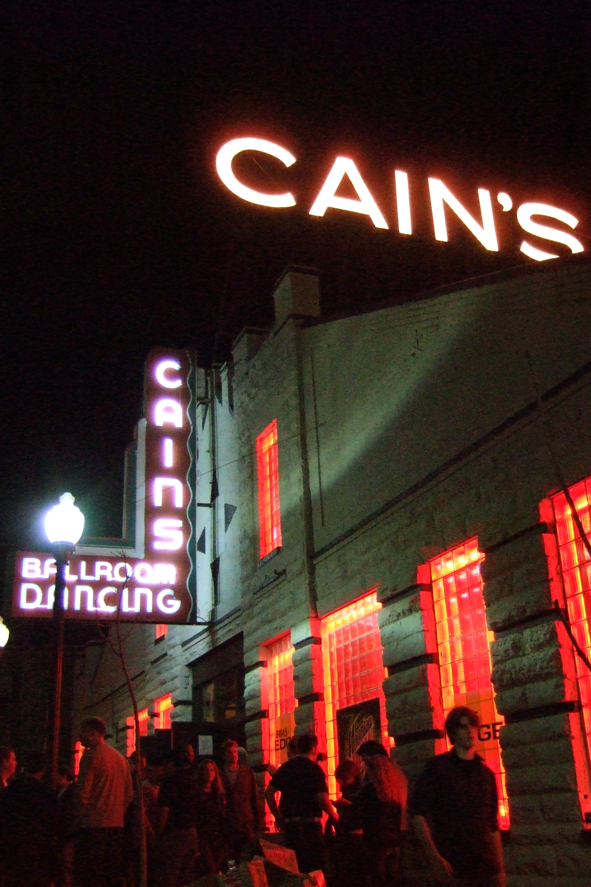 Cain's Ballroom was built in 1924 and was originally a garage for a car dealership. It became a dance and music venue beginning in the 1930s. It was resurrected in the 1970s, becoming solely a music venue.