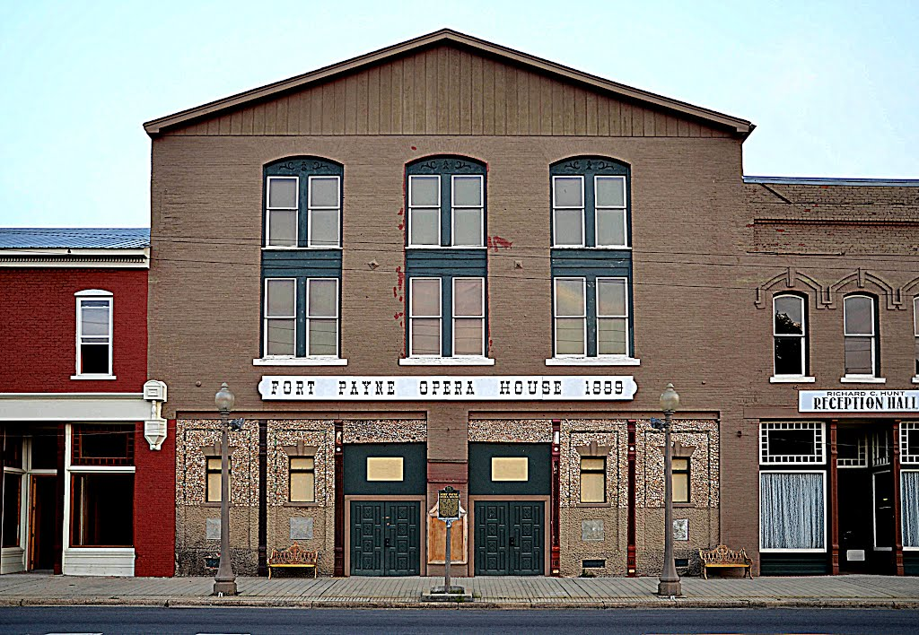 Fort Payne Opera House in present date