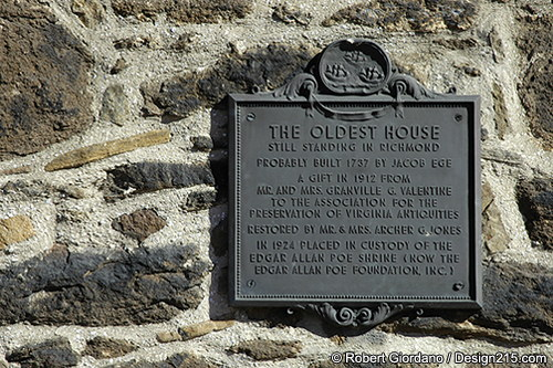 Plaque commemorating this as Richmond's oldest house still standing