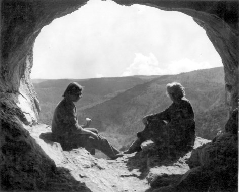 This photo was found along with an article about the cave. 