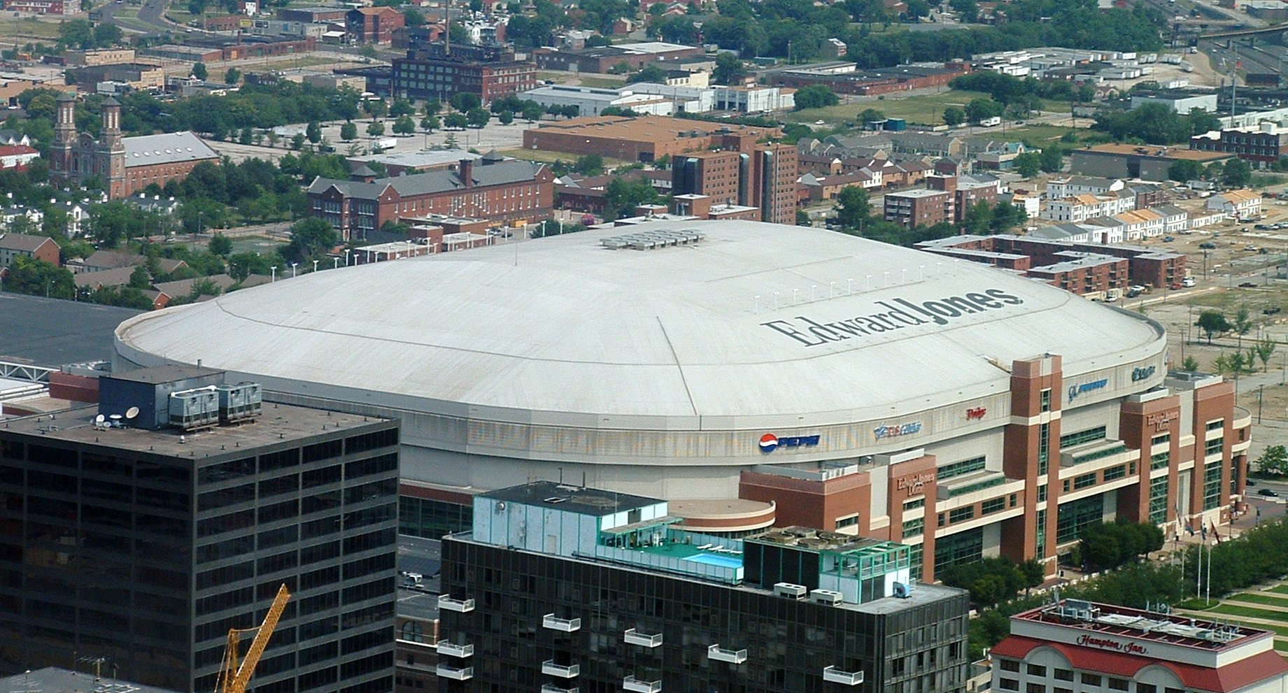 Edward Jones Dome, St Louis.