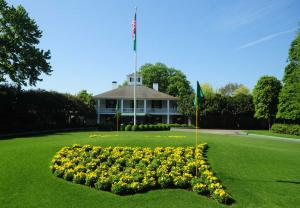 Augusta National Golf Club clubhouse in 2012. Photo courtesy of The Augusta Chronicle at http://chronicle.augusta.com/sports/golf/2012-10-27/augusta-national-golf-club-plans-major-clubhouse-renovation-addition.